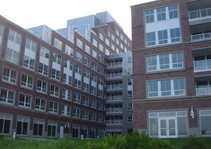 Navy Yard Apartments Photo #1