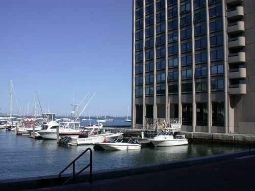 Harbor Towers Photo #6
