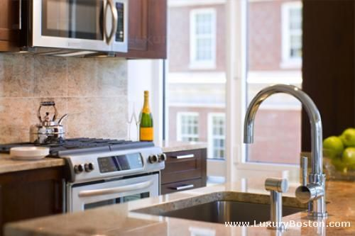 Back Bay Ultra Luxury High Rise Apartments Photo #2