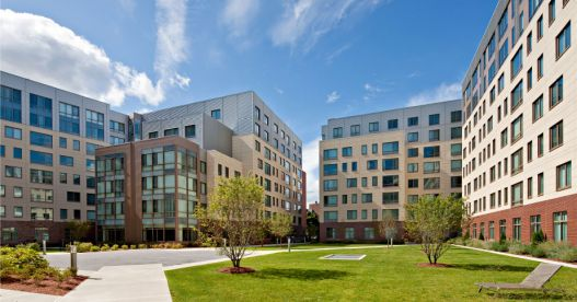 Click for Kendall Square Ultra Luxury Apartments slideshow