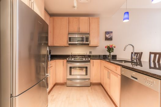 70 Lincoln St. #L317 Leather District Boston, $2,600