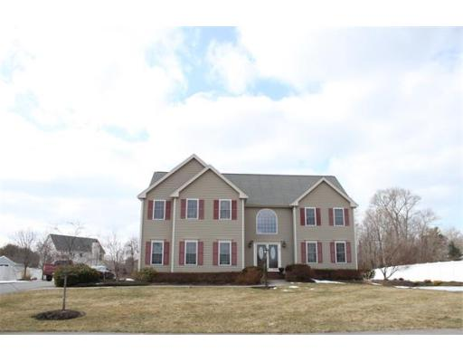 Photo: 7 Copper Beech Circle, West Bridgewater, MA