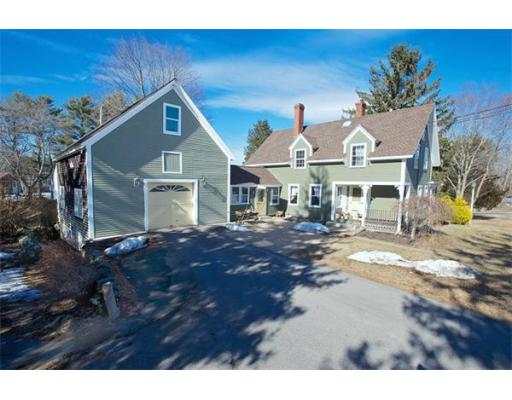 Photo: 18 Wenham St, Carver, MA