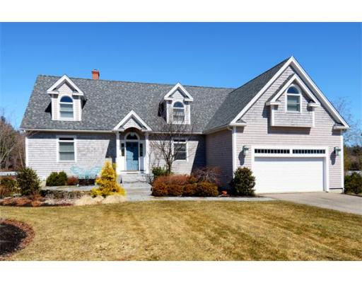 Photo: 25 Unicorn Circle, Amesbury, MA