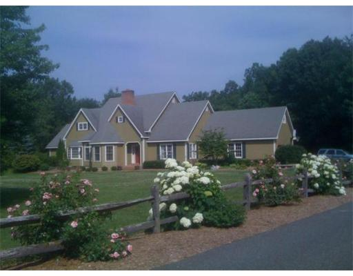 Photo: 85 Winterberry Lane, Northampton, MA