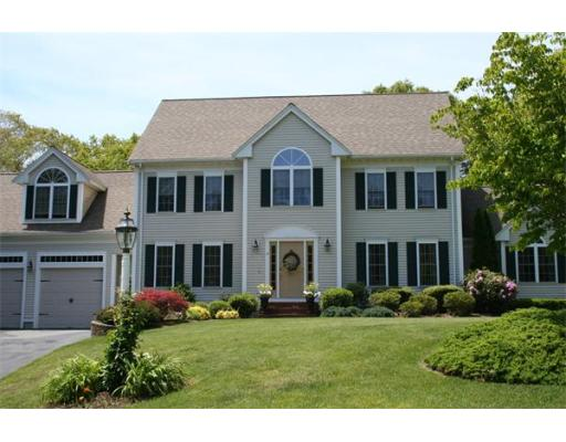 Photo: 14 Hitching Post Road, Lakeville, MA
