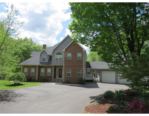 Photo: 107 Blue Hills Rd, Amherst, MA