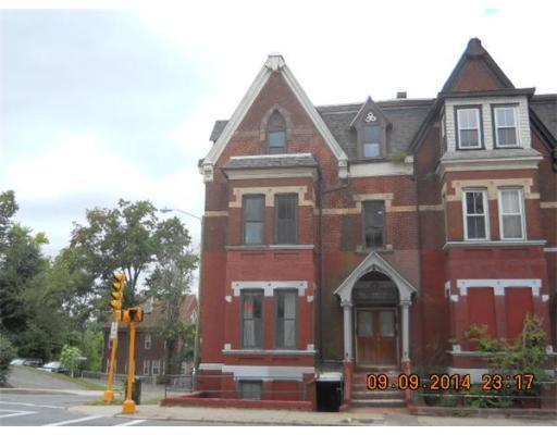 Photo: 184 Maple St, Springfield, MA