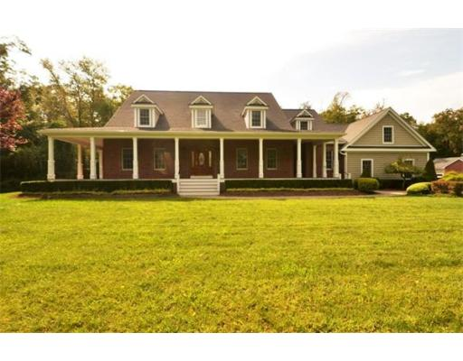 Photo: 6 Roberts Road, Lakeville, MA