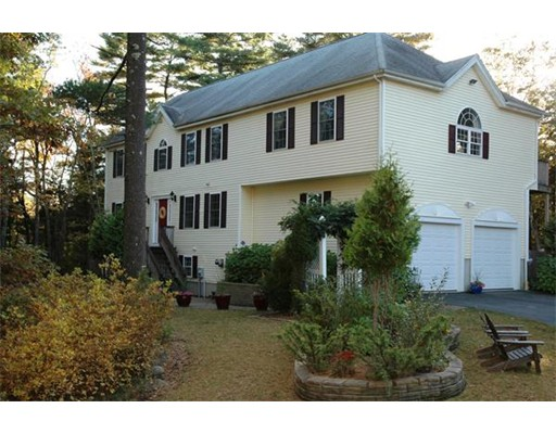 Photo: 20 Thibeault Lane, Dartmouth, MA