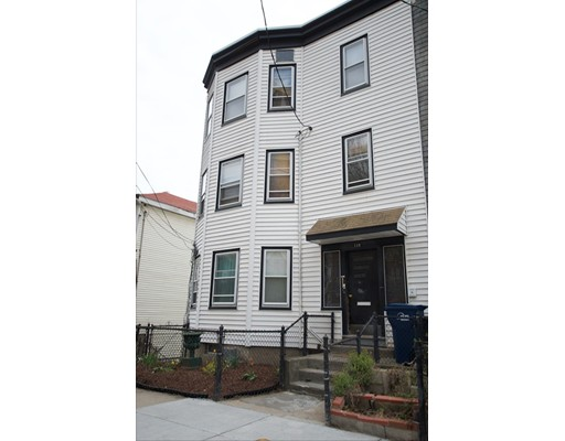 Photo: 118 Gladstone St, Boston, MA