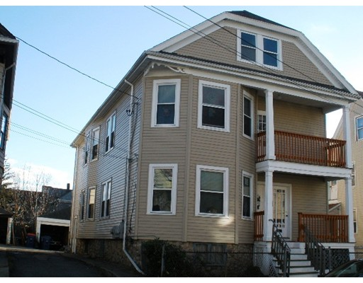 Photo: 152 Holly St, New Bedford, MA