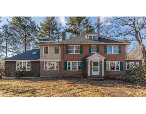 Photo of 38 Parker Rd, Wakefield, MA