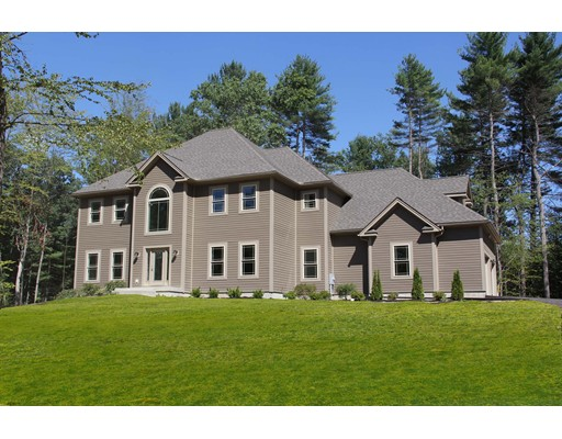 Photo: 7 Crystal Ln, Hadley, MA