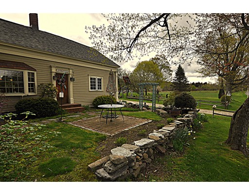 Photo: 140 Skyline Trl, Middlefield, MA
