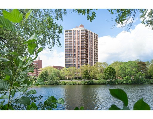 Photo of 1010 Memorial Drive, Cambridge, MA