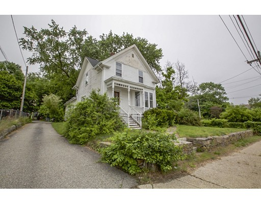 Photo: 176 Main St, Millville, MA