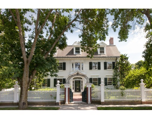 Photo of 91 Middlesex Rd, Brookline, MA