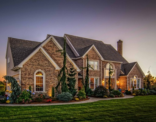 Photo: 7 Orchard Hill Dr, Westborough, MA