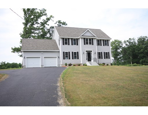 Photo: 20 Pond View Drive, Clinton, MA