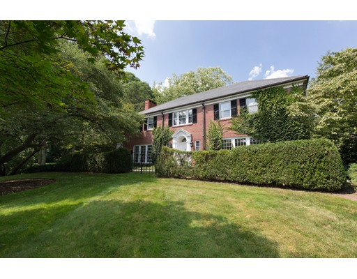 Photo of 145 Sargent Rd, Brookline, MA