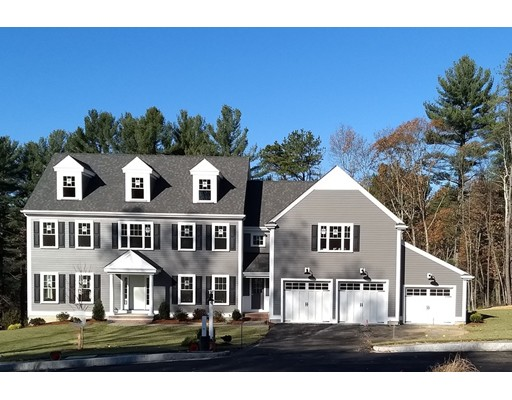 Photo: 1 Willow Ln, Bedford, MA