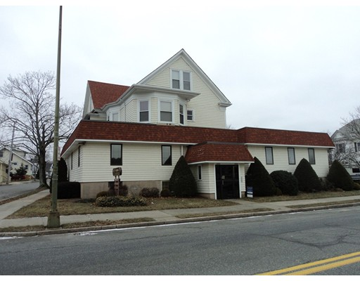 Photo: 2265 Acushnet Ave, New Bedford, MA