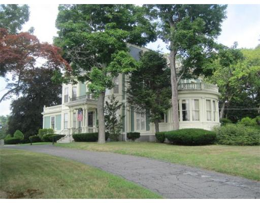 Photo: 289 Walpole St, Norwood, MA