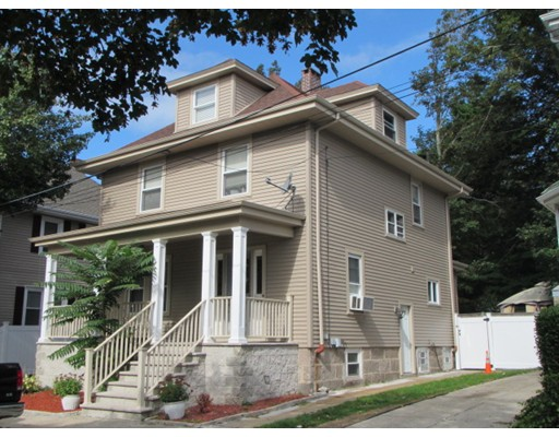 Photo: 131 Bedford St, New Bedford, MA
