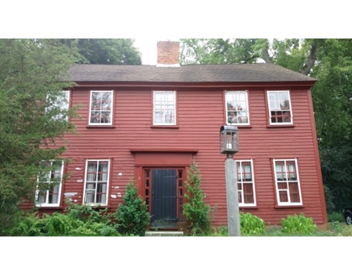 Photo: 464 Newport Avenue, Attleboro, MA