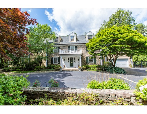 Photo of 62 Woodcliff Rd, Wellesley, MA