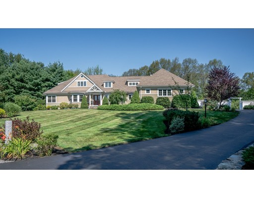Photo: 15 Old Tavern Ln, Sutton, MA