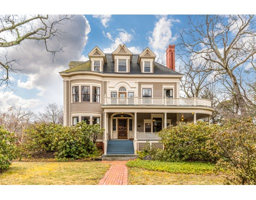 Photo of 22 Parker Road, Wakefield, MA