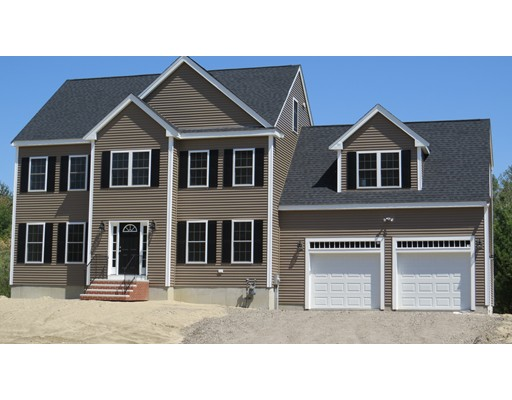 Photo: 43 Gateway Lane, Middleboro, MA