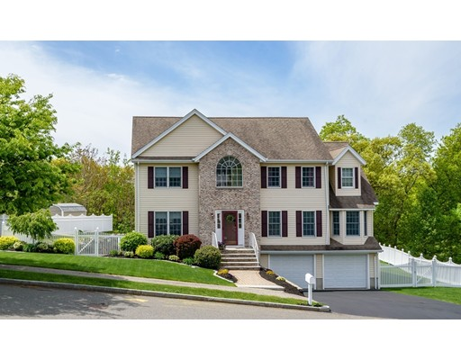 Photo of 85 Harrison Avenue, Wakefield, MA