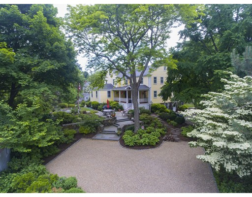 Photo of 47 Gingerbread Hill, Marblehead, MA