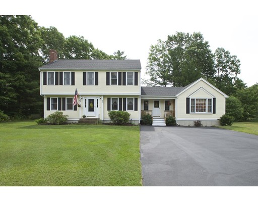 Photo: 95 Woodbrook Ln, Hanson, MA