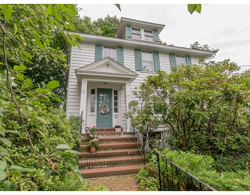 Photo of 27 Aborn Ave, Wakefield, MA