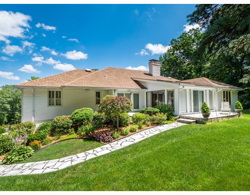 Photo: 12 Chiltern Hill Drive, No., Worcester, MA