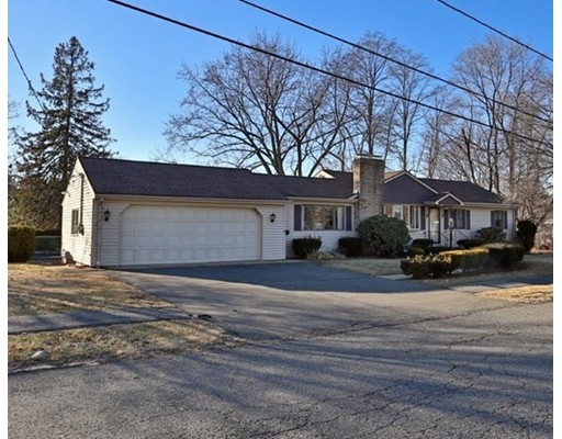 Photo of 18 Clearwater Road, Peabody, MA