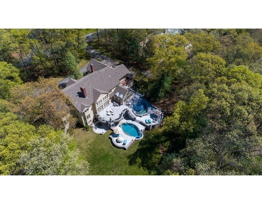 Photo of 211 Westerly Road, Weston, MA