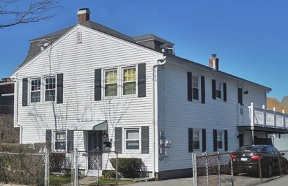 122 Central St #2