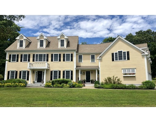 Photo of 3 Lily Pond Ln, Hingham, MA