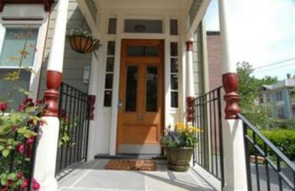 38 Clive St #2