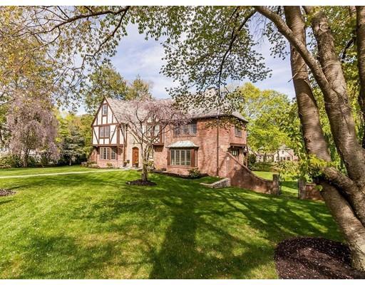 Photo of 19 Fieldmont Rd, Belmont, MA