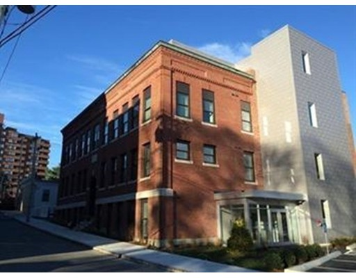 Photo of 10-18 Merrymount Rd #105, Quincy, MA