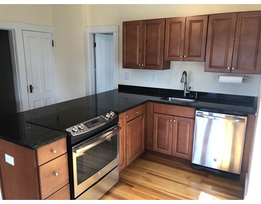 Photo of 171 Sumner St #2, Quincy, MA