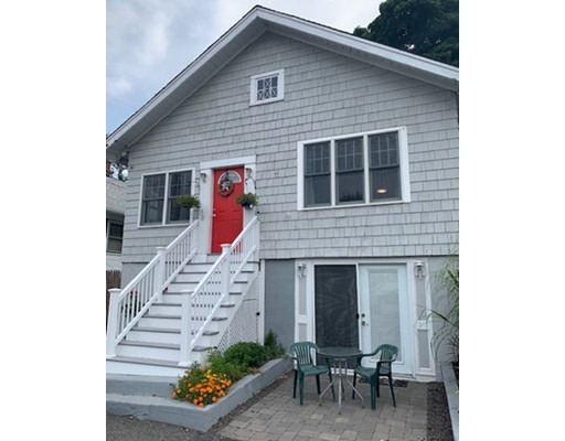 Photo of 6 Mayflower Rd, Quincy, MA