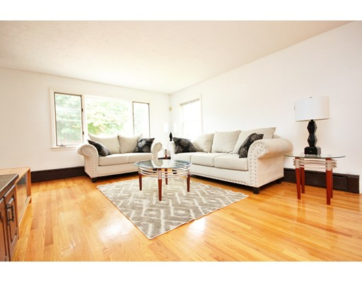 Photo of 37 Huckins Ave, Quincy, MA