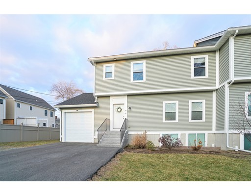 Photo of 20 Line Rd, Wakefield, MA